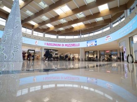 centro commerciale Fiordaliso Milano