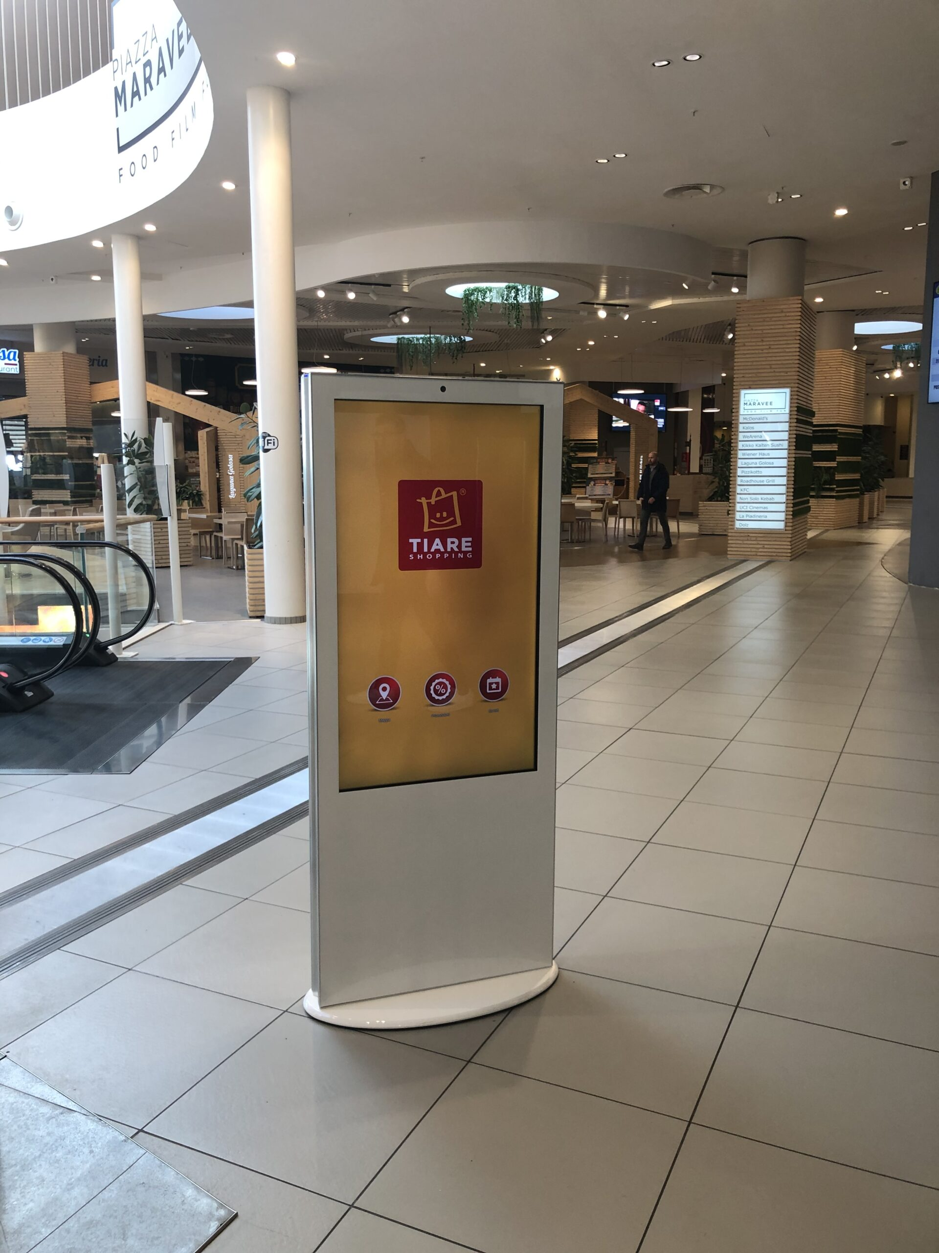 Totem centro commerciale Tiare Shopping