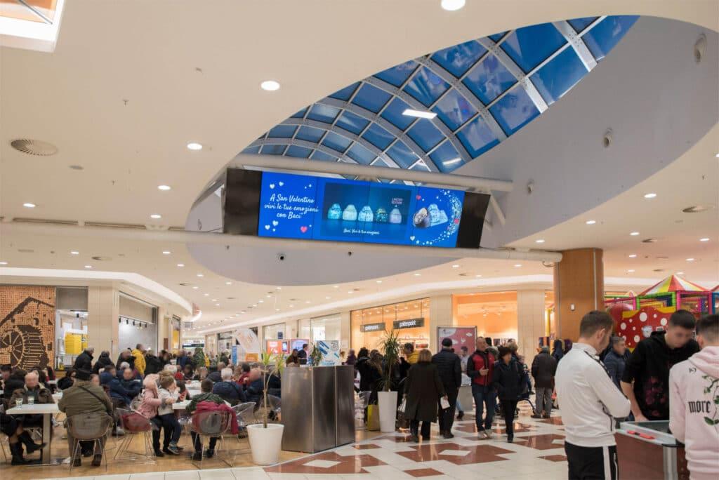 centro commerciale l'aqulone2